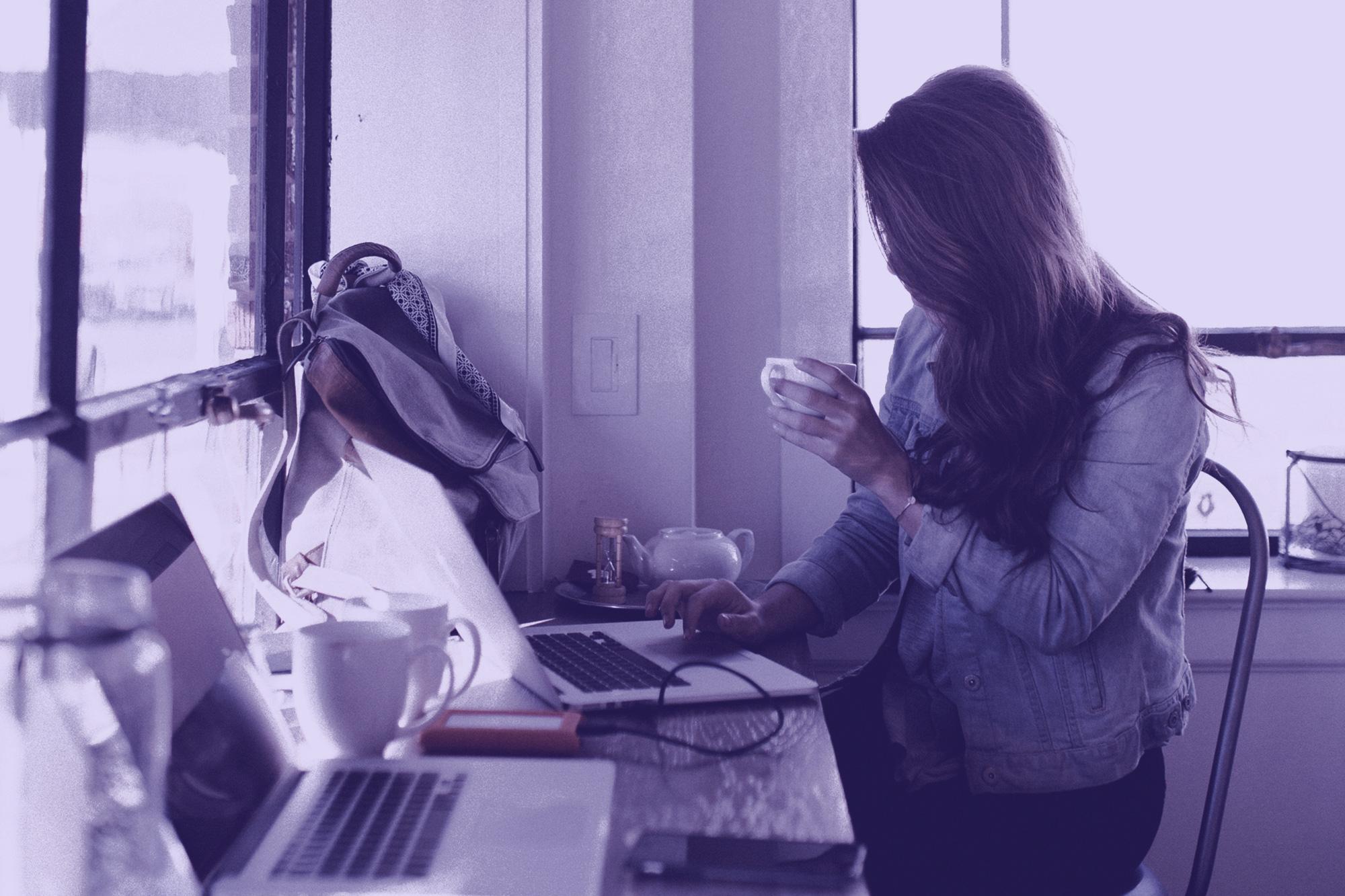 8 expresiones coloquiales en inglés para decir que estás ocupado